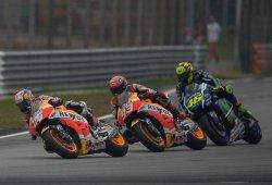 Dani Pedrosa gana el GP de Malasia marcado por el duelo Rossi vs Márquez