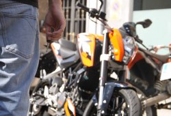 ¿Es buena idea prohibir circular a las motos en Madrid?