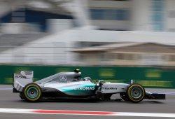 Rosberg impone su ley en Sochi