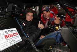 Max Verstappen se sube al Audi RS 5 DTM de Ekström