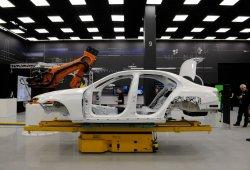 Mercedes Clase E 2016: su carrocería de producción, al descubierto
