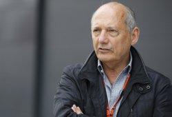 Ron Dennis se opone al acuerdo Red Bull - Honda