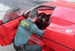 La Guardia Civil se incauta de una réplica Ferrari en Galicia