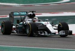 Hamilton lidera una anodina FP1 en Interlagos