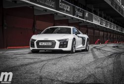 Prueba Audi R8 V10 Plus, 610 caballos desatados en el circuito de Montmeló