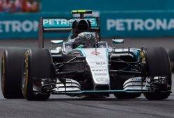 Rosberg lidera la FP2, con otra rotura de Alonso