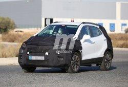 El Opel Mokka 2017 muestra tímidamente sus nuevos grupos ópticos