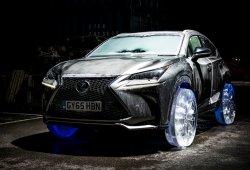 Este Lexus NX circula con unas ruedas ¡fabricadas con hielo!