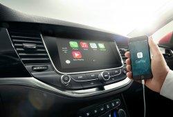 Opel integra Android Auto y Apple CarPlay en sus modelos, comenzando por el Astra