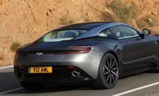 Aston Martin DB11 - foto espía