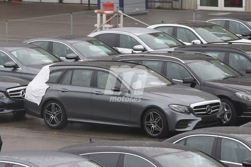 Mercedes Clase E Estate 2017, casi al descubierto por completo