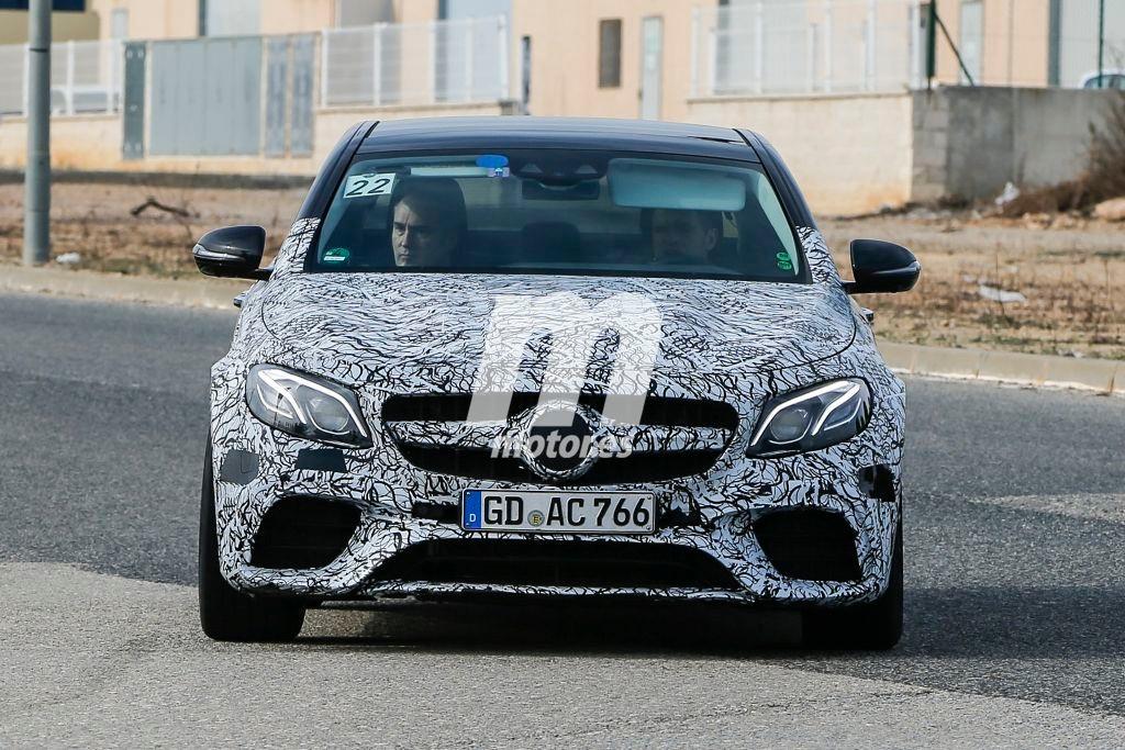 Cazamos de nuevo al Mercedes E63 AMG