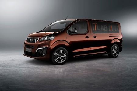 Peugeot Traveller i-Lab: un prototipo con mucha tecnología para sus pasajeros