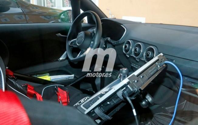 Audi TT RS 2016 - foto espía interior