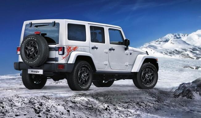 llega a europa el jeep wrangler backcountry con motor gasolina v6. Black Bedroom Furniture Sets. Home Design Ideas