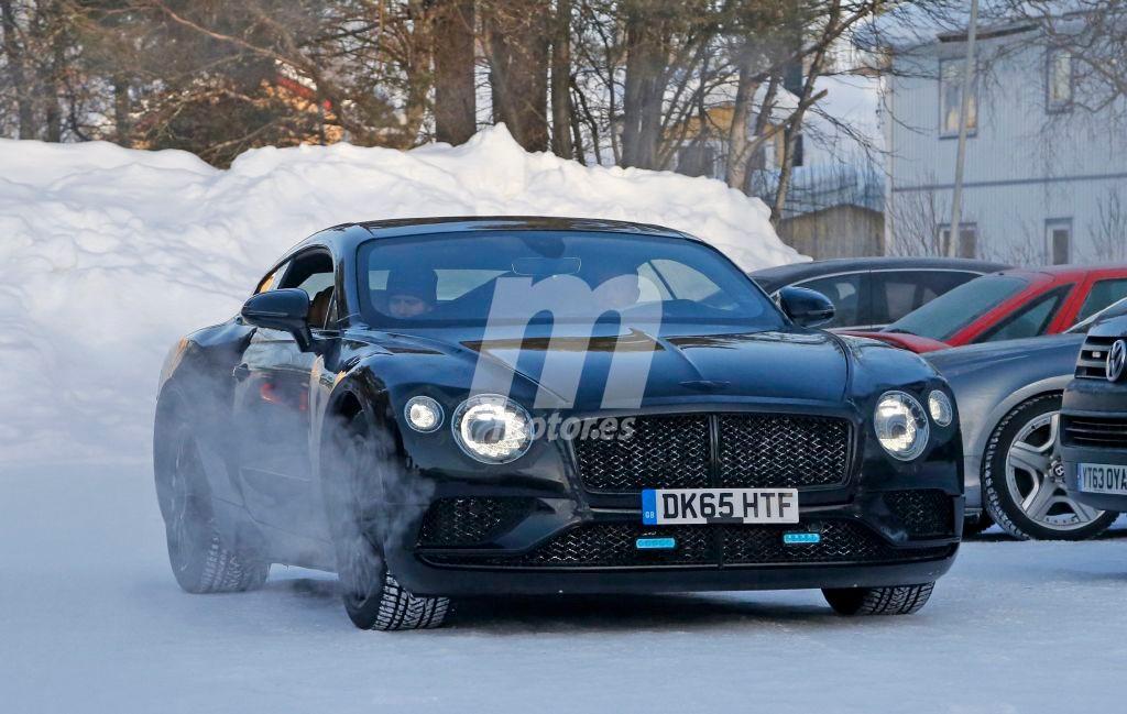 El Bentley Continental GT 2018 sigue pasando frío en Suecia