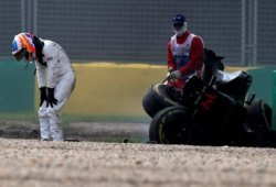 Nuevo motor y chasis para Alonso en Sakhir