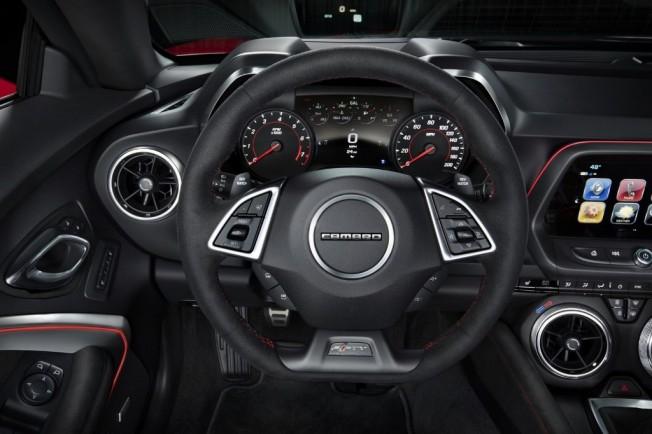 Chevrolet Camaro ZL1 2017 - interior