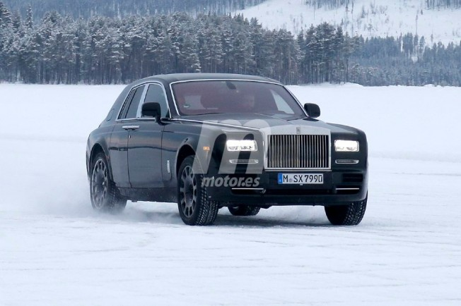 Rolls-Royce Cullinan - foto espía