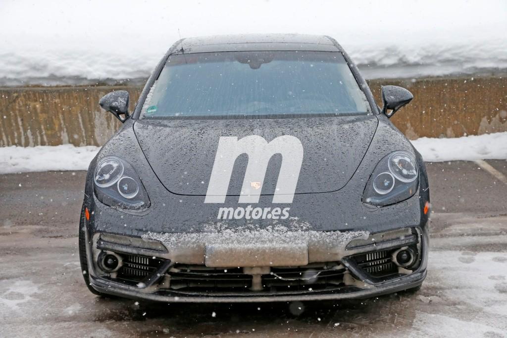 Porsche Panamera 2017, al desnudo en sus fotos espía definitivas
