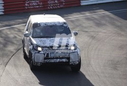 Cazado en Nürburgring el Land Rover Discovery 2017