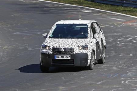 Opel Meriva 2017, en nuevas fotos espía desde Nürburgring