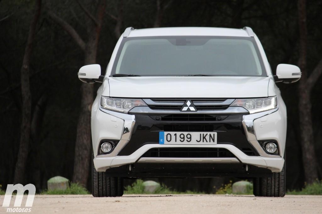 Prueba Mitsubishi Outlander PHEV MY16: Introducción, precios y versiones (I)