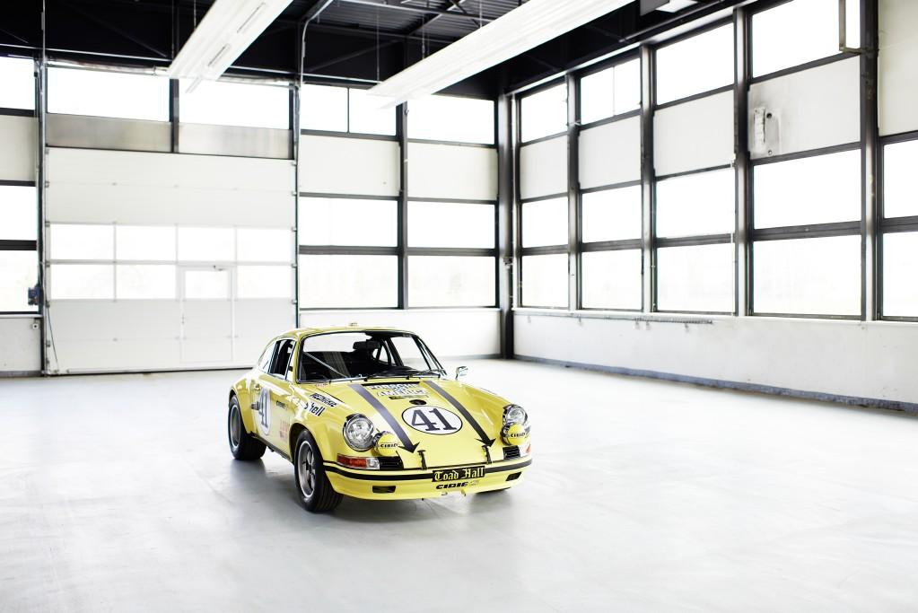 Fin a la restauración de un Porsche 911 2.5 S/T, la resurrección de un campeón