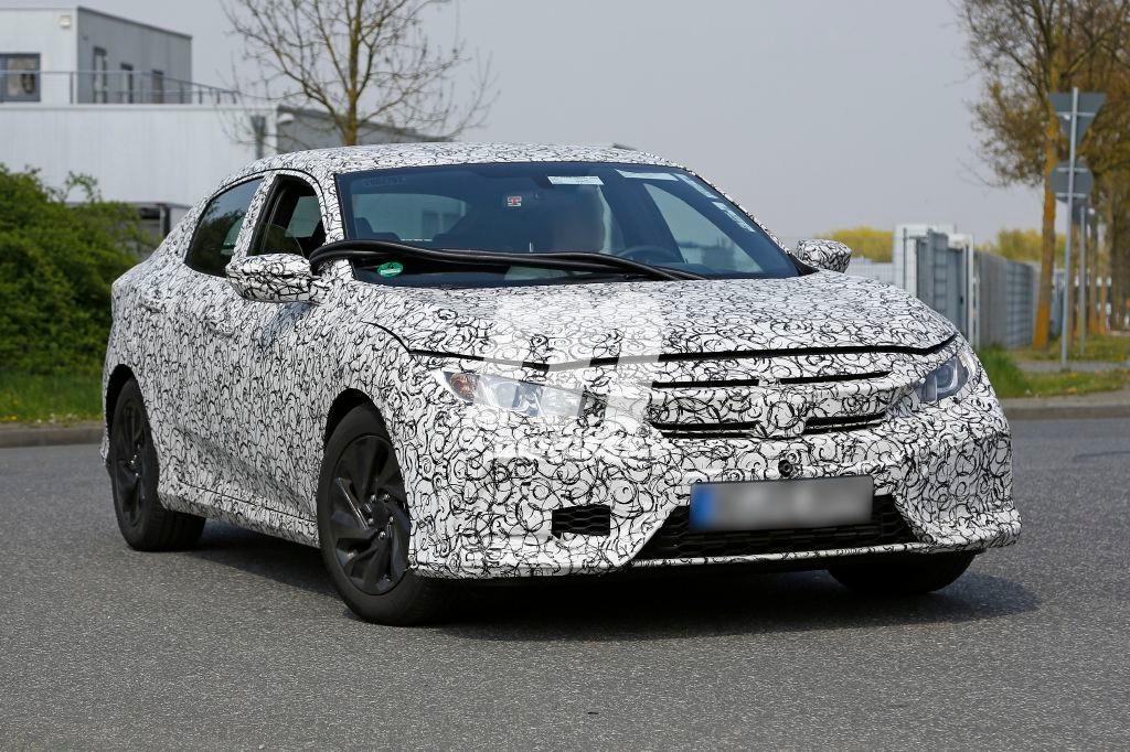 El nuevo Honda Civic 2017 cazado, ¡Y su interior al descubierto!