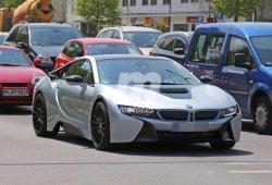 El BMW i8 S que llegará en 2017 pillado en fotos espía