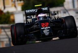 Button se considera afortunado, y Alonso mantiene la calma