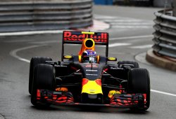 Max Verstappen se disculpa ante Red Bull por sus accidentes en Mónaco