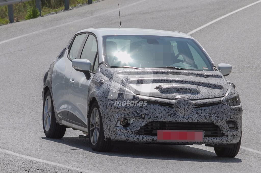 Cazamos al Renault Clio 2017, un inminente lavado de cara