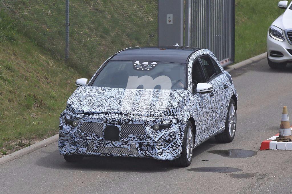 Primeras fotos espía de la próxima generación del Mercedes Clase A