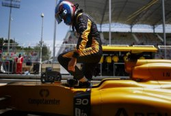 El dilema de Renault: ¿mejorar en 2016 o preparar 2017?