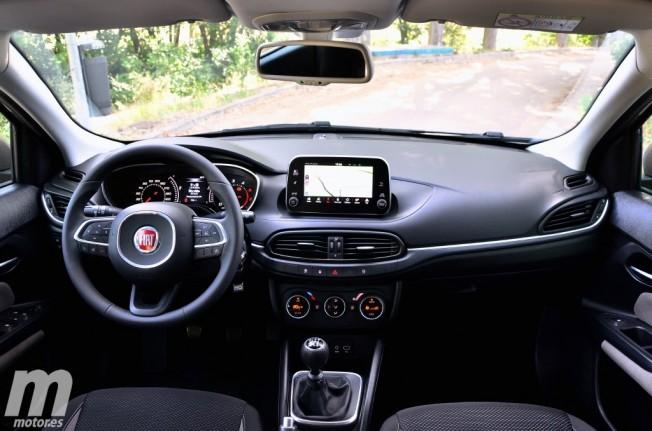 Fiat tipo 5 puertas ya a la venta precio y equipamiento for Precio de puertas tipo cantina