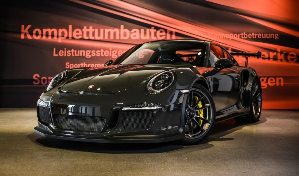 Más fibra de carbono para el Porsche 911 GT3 RS, por EDO Competition