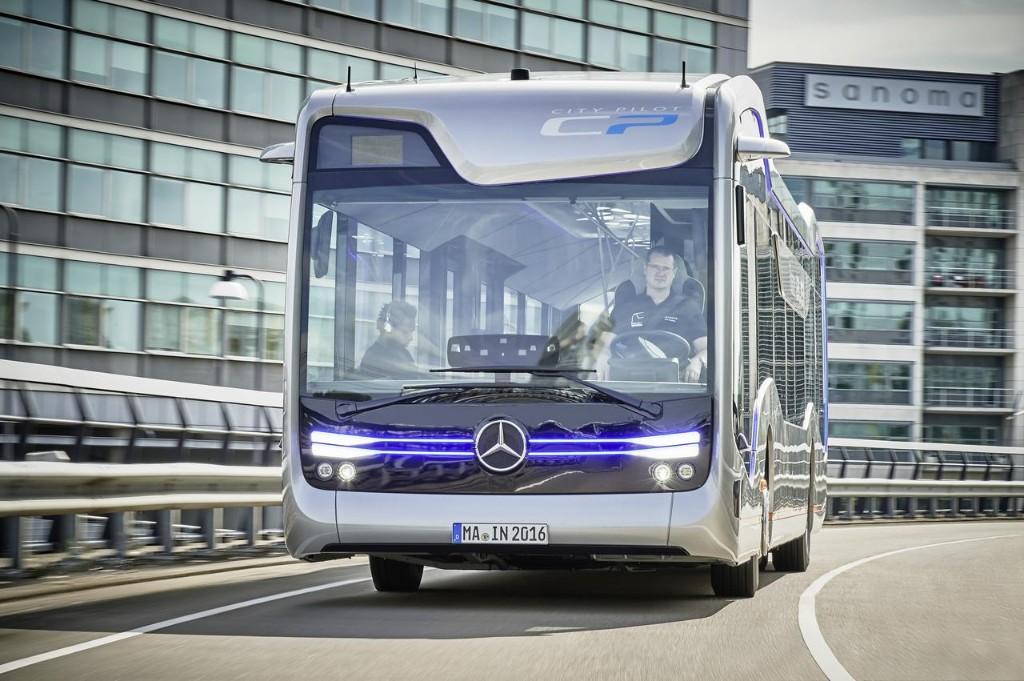 Mercedes-Benz Future Bus: así serán los autobuses urbanos autónomos