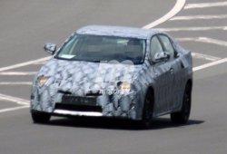 ¿Está en camino el nuevo Toyota Avensis? Atención a estas fotos espía