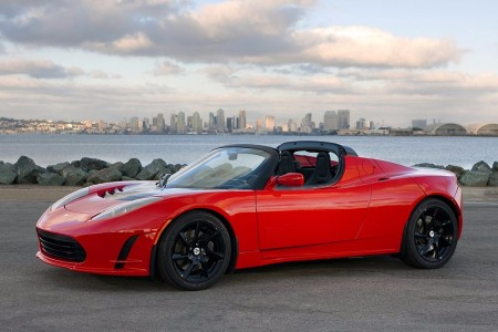 ¿Tienes un Tesla Roadster? Ya puedes solicitar el nuevo paquete de baterías