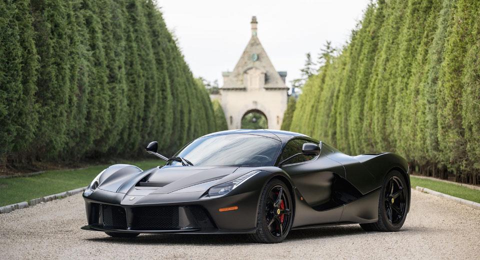 El Ferrari LaFerrari más caro se vendió en Monterey por 4.7 millones de dólares