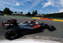 Alonso se exhibe con un renacido McLaren