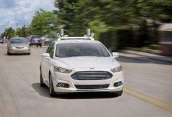 Ford tendrá un modelo 100% autónomo en 2021