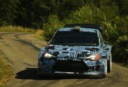 Primeros test del Hyundai i20 WRC 2017 en asfalto