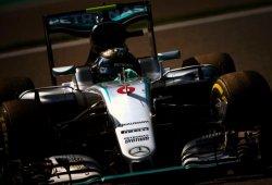 Rosberg domina y Hamilton sube al podio en una carrera frenética