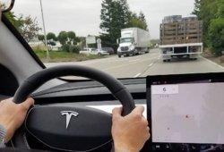 Así es el interior del Tesla Model 3