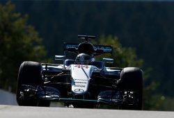 """Hamilton: """"Es muy complicado controlar los neumáticos con presiones tan altas"""""""