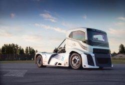 Volvo Trucks 'Iron Knight', 276 km/h para el camión más rápido del mundo