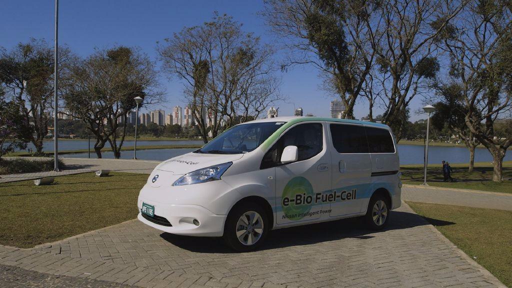 Nissan une el bio-etanol y la pila de combustible en esta e-NV200 con 600 Km de autonomía