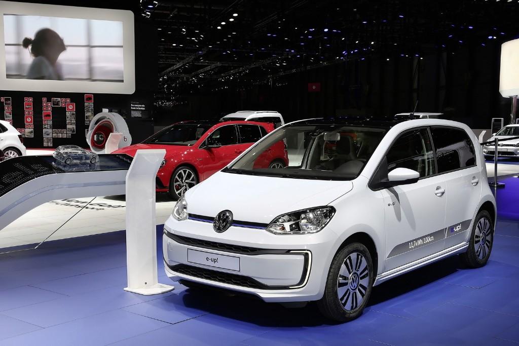 Volkswagen e-up! 2017, el pequeñín eléctrico también estrena 'restyling'
